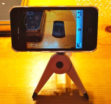 MosyMount Tripod mount for the iPhone 4